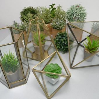 Įvairios geometrinės formos su stiklais. Kiekis 16 vnt.
