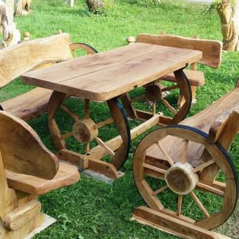 azuolinis lauko baldu komplektas.gaminame ivairius lauko bei vidaus baldus.galime pagaminti baldus su ivairiais raiziniais.