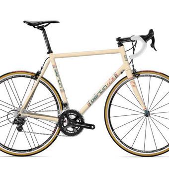 """""""Bertin"""" C16 klasikinis dviračio rėmo grafinis apipavidalinimas."""