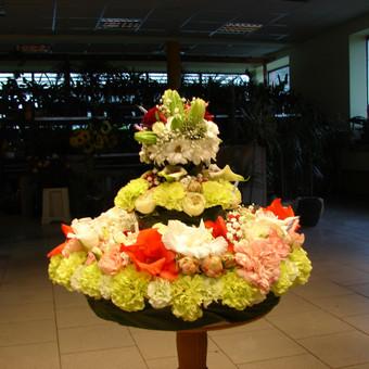 Kuriame gėlių tortus įvairioms progoms, kelių dydžių pagal pageidavimą