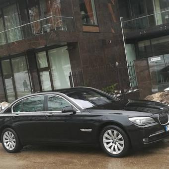 BMW 7 LONG - bene prabangiausias ir komfortiškiausias transportas Jūsų šventei ir Jūsų svečiui pasitikti!