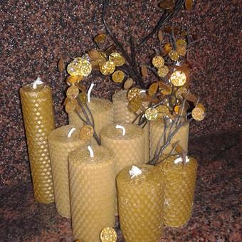 Žvakės susuktos iš vaško plokštelių