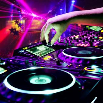 RENGINIŲ VEDĖJAI  VALERIJUS ir JOLANTA, DJ / RENGINIŲ VEDĖJAI VALERIJUS ir JOLANTA,DJ / Darbų pavyzdys ID 245995