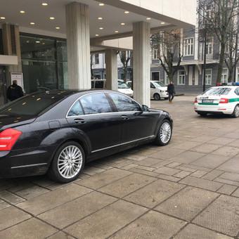 2017.03.09-10 Tarptautinis Europos prezidentų susitikimas Kaune  #prezidentai #transportas #palyda #auksciausia #klase #vip #kaunas #airport #suvairuotoju #nuoma #automobilio #mb #mercedes #starcl ...