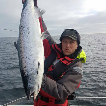 Žvejybinės išvykos į Baltijos jūrą bei Kuršių marias / Raimondas Venckus / Darbų pavyzdys ID 251685