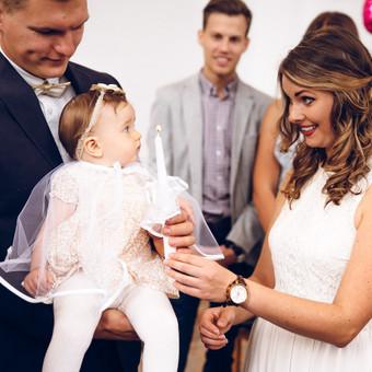 Krikštynų fotografavimas Tai diena kuomet visos emocijos yra svarbios, tiek pačio vaikelio, tiek tėvelių, krikšto tėvelių bei svečių. Tai momentai kuriuos būtina prisiminti visą gyvenim ...