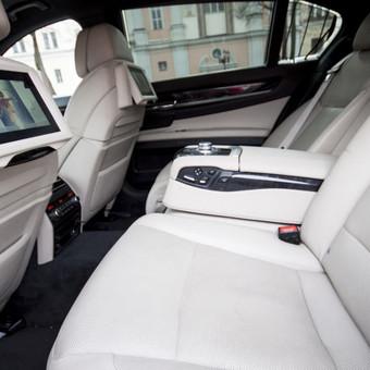 Automobilių nuoma / BMW 750IL JUODAS / Darbų pavyzdys ID 256081