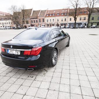 Automobilių nuoma / BMW 750IL JUODAS / Darbų pavyzdys ID 256085