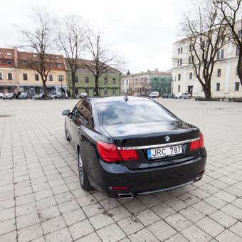 Automobilių nuoma / BMW 750IL JUODAS / Darbų pavyzdys ID 256087