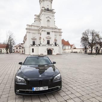 Automobilių nuoma / BMW 750IL JUODAS / Darbų pavyzdys ID 256091