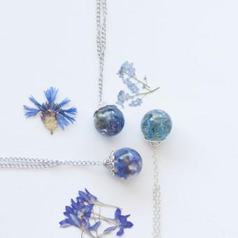 Vėriniai su įlietomis gėlėmis