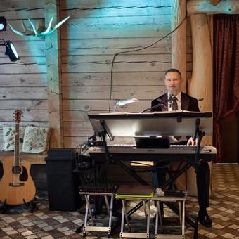 Dainuojantis ir grojantis renginių vedėjas! / Alvydas Paškevičius / Darbų pavyzdys ID 263449