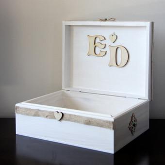 Dekoruota medinė dėžutė jaunavedžiams