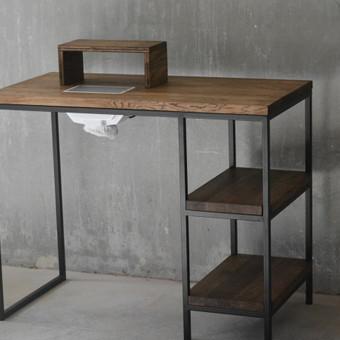 Manikiūro darbo stalas