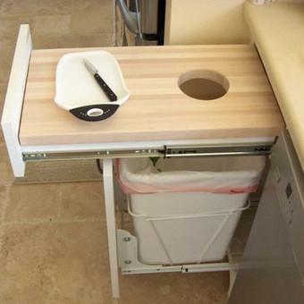 virtuvės ergonomika - išorėje atrodo, kaip du stalčiai, tačiau...