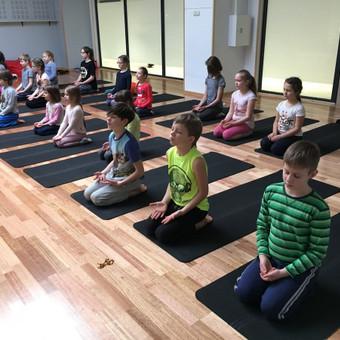 Vaikų žaidiminė joga / Maksimilianas Ponomariovas / Darbų pavyzdys ID 319875