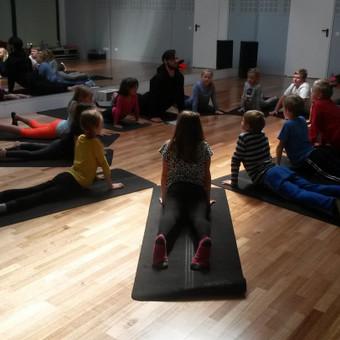 Vaikų žaidiminė joga / Maksimilianas Ponomariovas / Darbų pavyzdys ID 319881