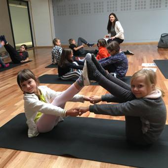 Vaikų žaidiminė joga / Maksimilianas Ponomariovas / Darbų pavyzdys ID 319885