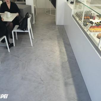 """ULTRATOP LOFT cementinė dekoratyvinė grindų danga. """"Ali šokoladinė"""" Kaune.  http://www.velvemst.lt/uploads/Brochure_Ultratop_Loft_LT_web.pdf"""