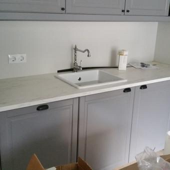 """""""Ant bangos"""" - IKEA virtuvė."""