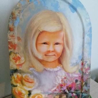 Interpretuotas portretas, nutapytas ant ikoninės lentos 24x31,5 cm aliejiniais dažais. Pavyzdys