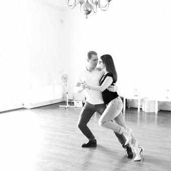 Vestuvinio šokio pamokos Kaune pas Justiną / Justina Karvelytė / Darbų pavyzdys ID 339549