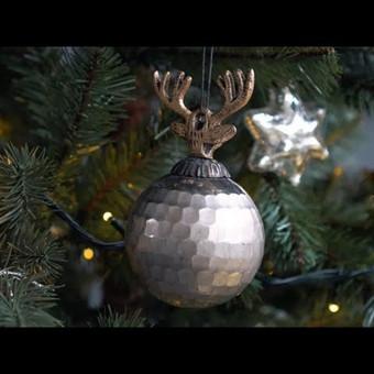 IKONA.TV Kaip stilingai papuošti Kalėdų eglutę? (Video nuo žemės)