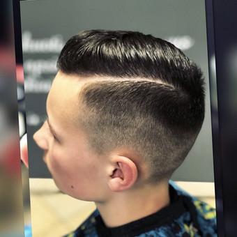 Vyriski kirpimai ir barzdu modeliavimas,skutimas / Loreta / Darbų pavyzdys ID 355739