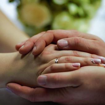 ,,Žmonės, kad ir kokių jie turi trūkumų, labiau už viską verti meilės.'' – J. V. Gėtė