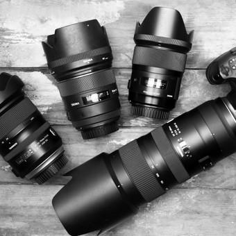 Objektyvų ir fotoaparato nuoma fotosesijoms studijoje (Canon).