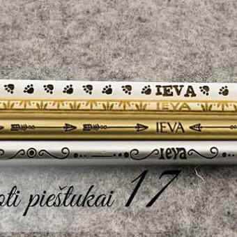 Personalizuoti pieštukai asmeninė dovanėlė ir dėmesys. Mediniai pieštukai su vardu ar tekstu.