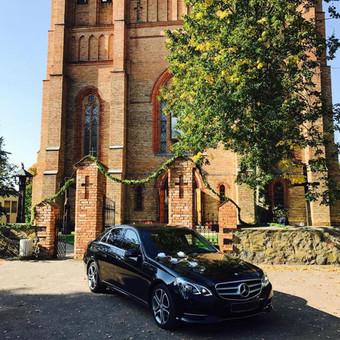 Mercedes limuzinų, mikroautobusų Nuoma vestuvėms, kelionėms. / NUOMAJUMS.LT / Darbų pavyzdys ID 374117