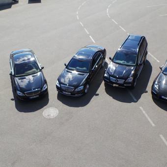 Mercedes limuzinų, mikroautobusų Nuoma vestuvėms, kelionėms. / NUOMAJUMS.LT / Darbų pavyzdys ID 374149