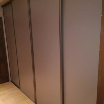 stumdomos durys, pertvaros, spintos. / Ramunas Navickas / Darbų pavyzdys ID 380063