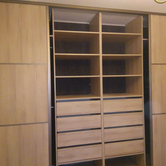 stumdomos durys, pertvaros, spintos. / Ramunas Navickas / Darbų pavyzdys ID 380065