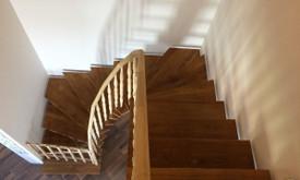 Durys, laiptai, staliu gaminiai.