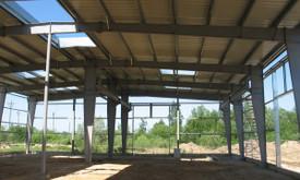 Pramoniniai pastatai  - lengvos metalinės konstrukcijos