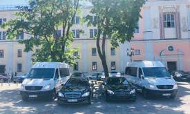Mercedes limuzinų, mikroautobusų Nuoma vestuvėms, kelionėms.