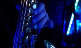 Atlikėjai, Saksofonininkas, Vedėjas