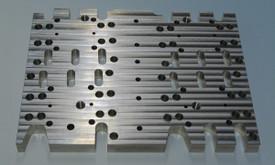 Plieno ir aliuminio CNC frezavimas, tekinimas, virinimas