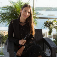 Monika Renginių vedėja- koordinatorė (lt/en kalbomis) Monika