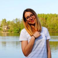 Tekstų lietuvių kalba redaktorė